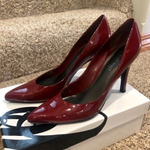 Nine West NW Gaffer Red Patent Pumps